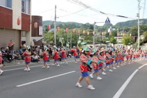 7年生による三戸音頭パレード
