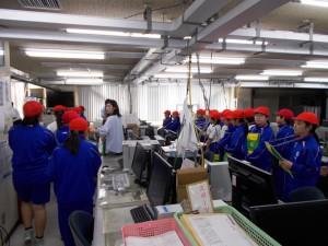 9月20日 5年生社会科見学 デーリー東北・北日本造船