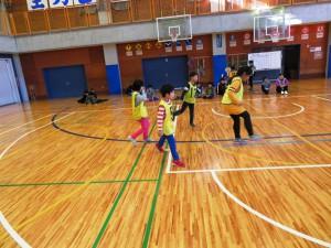 12月3日 3年生蹴り独楽体験
