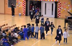 卒業シーズン到来 3月1日 9年生を送る会