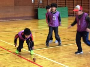 1月31日 3年生蹴り独楽体験